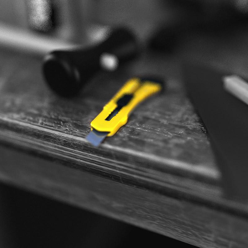 Малярный нож для вырезания сектора на насадке смесителе