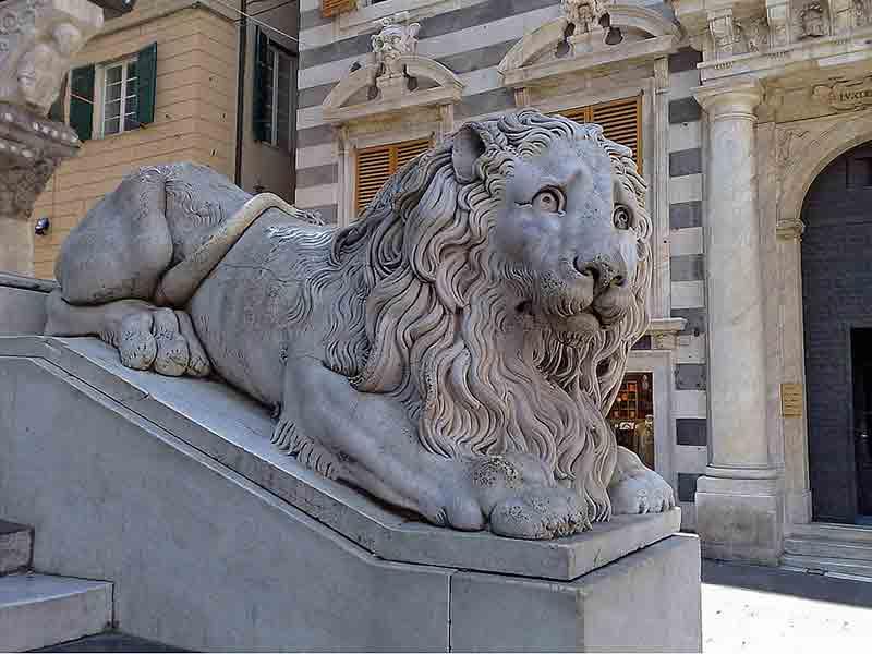 Скульптурное приклеивание камня к камню – реставрация