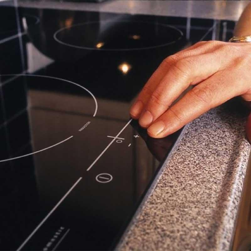 340 BRANDSCHUTZ – это чистосортный силикон с нейтральной химической реакцией.