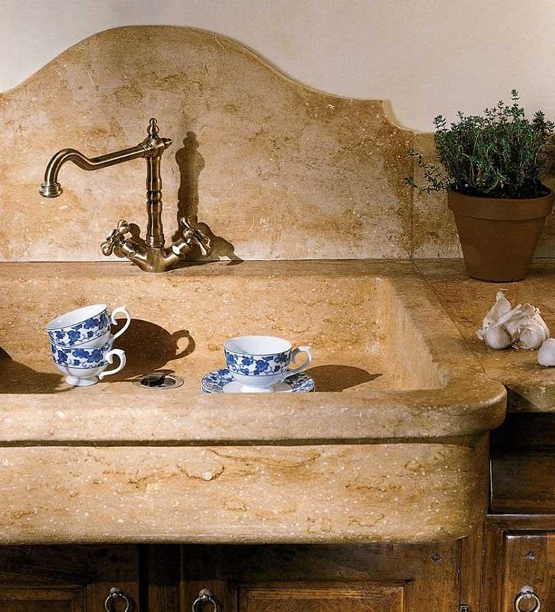 Ramsauer® 620 KONSTRUKTIONSKLEBER RAPID и Ramsauer® 655 KRAFT FIX, а также герметиков Ramsauer® 440 NATURSTEIN при проведении работ с натуральным камнем