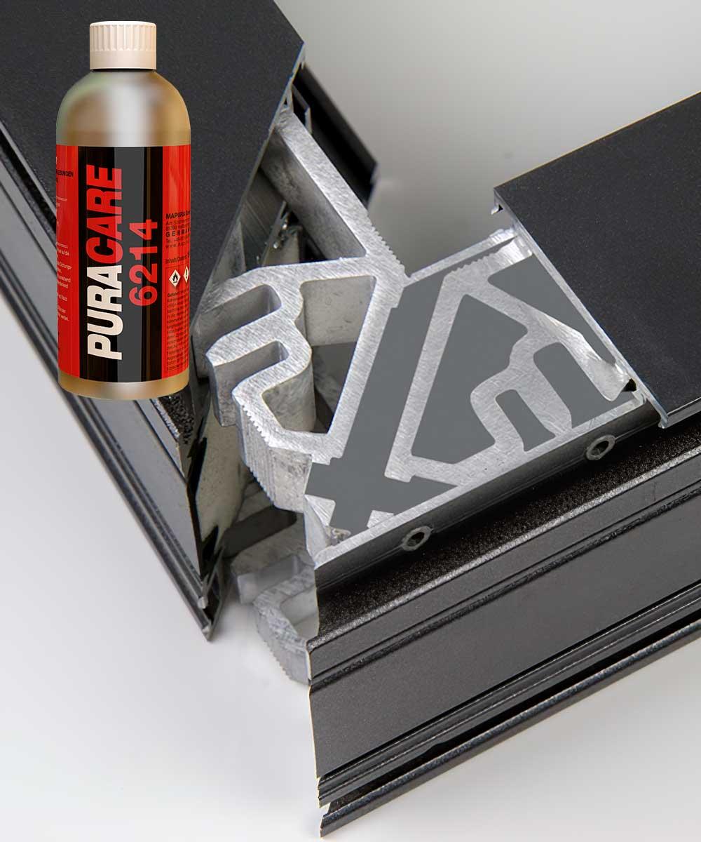 Перед использованием клея PURACOLL® 8220 S поверхности требуется подготовить в случае сильных загрязнений